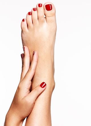 маникюр для ног