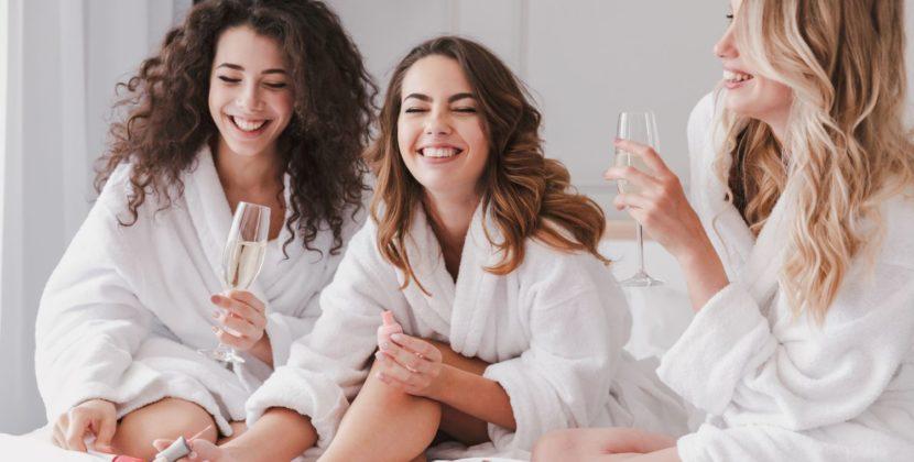 Новогодний педикюр 2019: модные тенденции, идеи