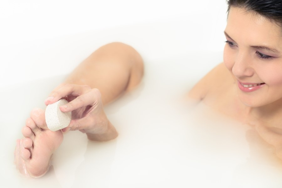 ispolzovanie-pemzy-pri-kupanii