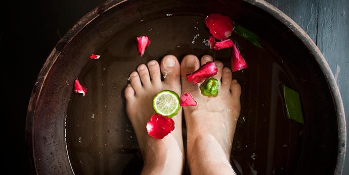 Как победить гипергидроз ног в домашних условиях