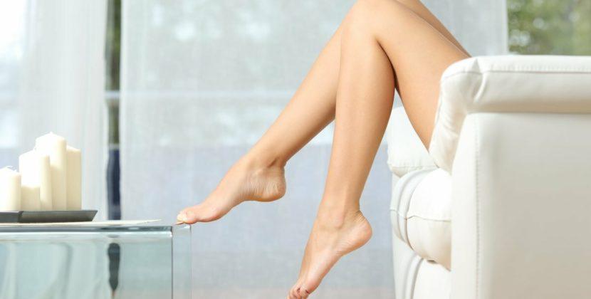 Гладкие ноги в течение нескольких недель. Как избежать вросших волос?