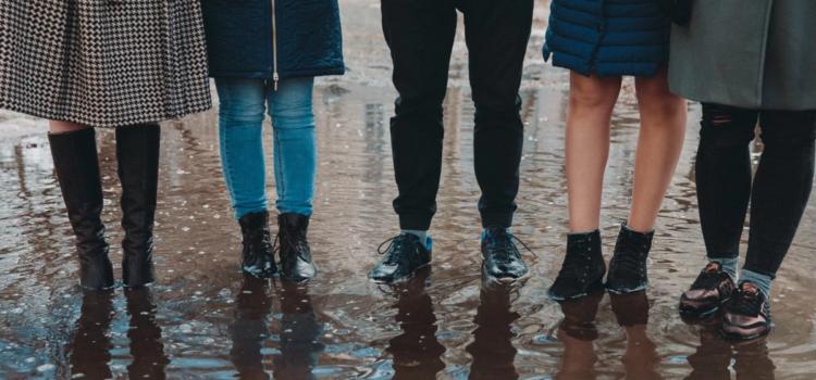 Что делать, если на улице промокли ноги?