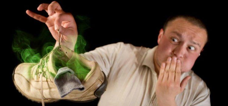 Как избавиться от неприятного запаха обуви? 5 лучших способов!