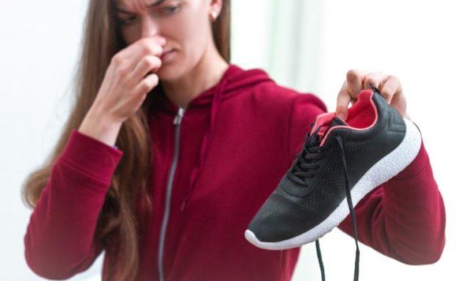 Топ 5 способов избавить Вашу обувь от неприятного запаха